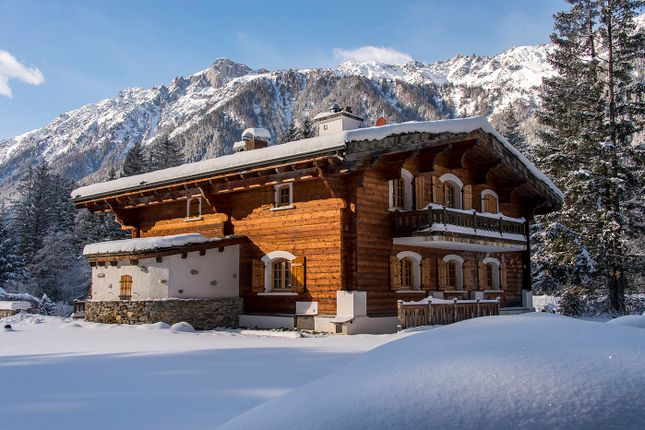5 bed chalet for sale in Chamonix, France
