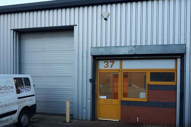 Thumbnail Warehouse to let in Unit 37 Webb Ellis Industrial Estate, Woodside Business Park, Rugby, Warwickshire