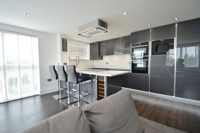 Thumbnail Flat to rent in Kilby Road, Stevenage