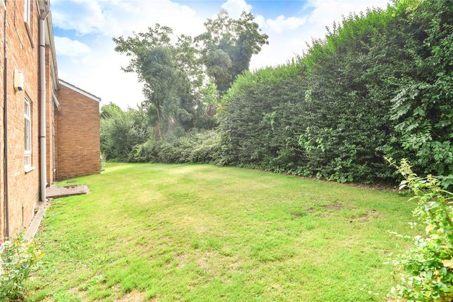 Picture No. 05 of Chiswick Court, Moss Lane, Pinner, Middlesex HA5