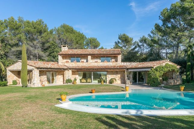 Villa for sale in La Colle Sur Loup, French Riviera, France