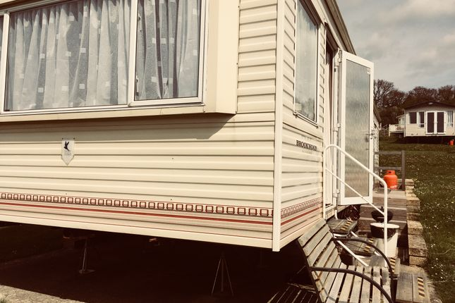 2 bed mobile/park home to rent in Hillway Road, Bembridge PO35