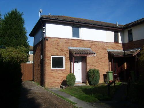 Thumbnail Maisonette to rent in Hadley Place, Bradwell Common, Milton Keynes, Buckinghamshire