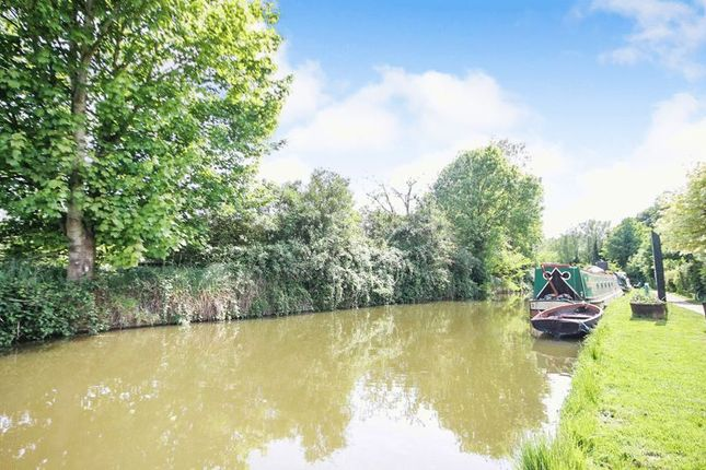 Canal of Canal Road, Thrupp, Kidlington OX5