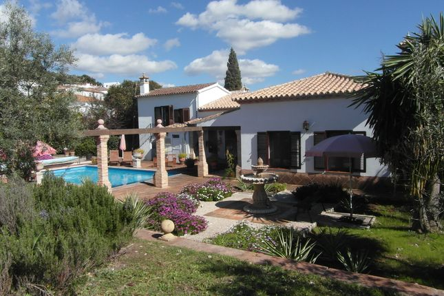 4 bed villa for sale in Montecorto, Ronda, Málaga, Andalusia, Spain