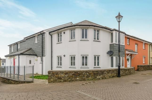 Thumbnail Flat for sale in Redruth, Cornwall, United Kingdom