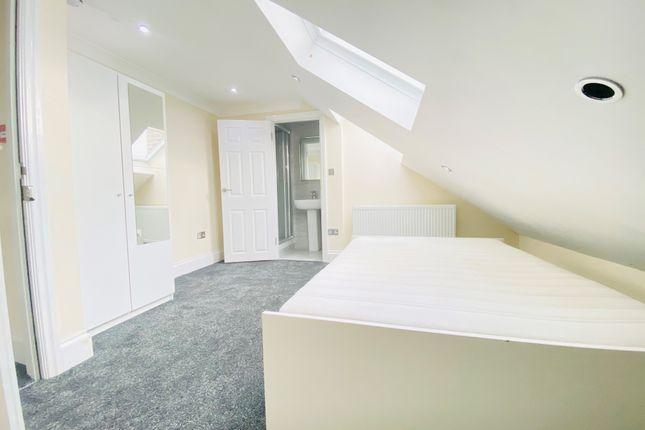 Room to rent in Davidson Road, Addiscombe, Croydon