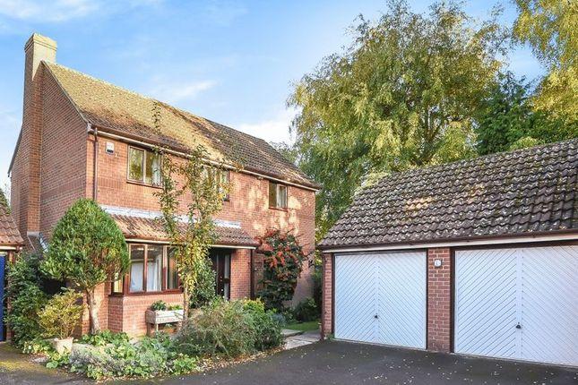 Thumbnail Detached house for sale in Anson Close, Marcham, Abingdon