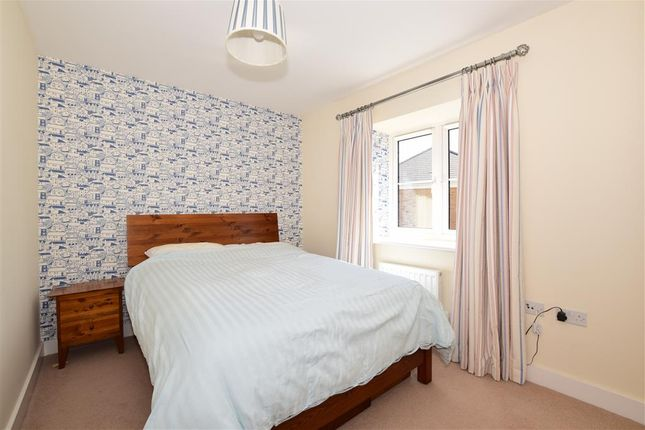 Bedroom 2 of Tealby Close, Tadworth, Surrey KT20