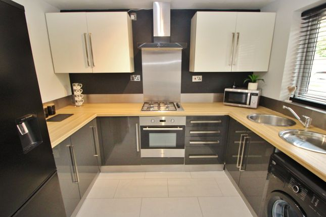 Kitchen of Hurn Close, Hull, East Yorkshire HU8