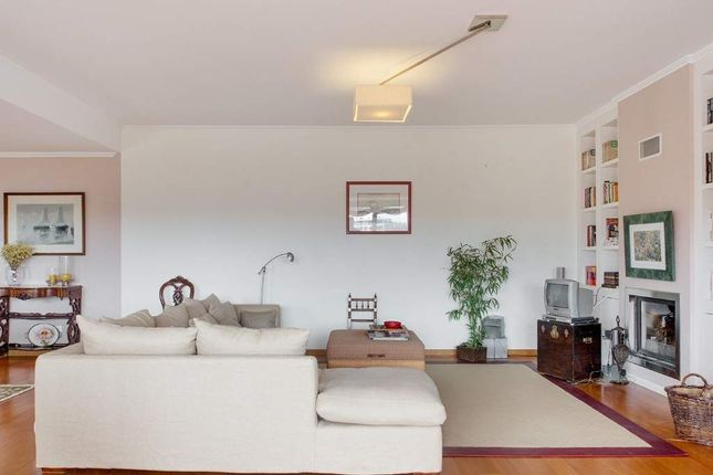 Thumbnail Town house for sale in Sintra, Portugal