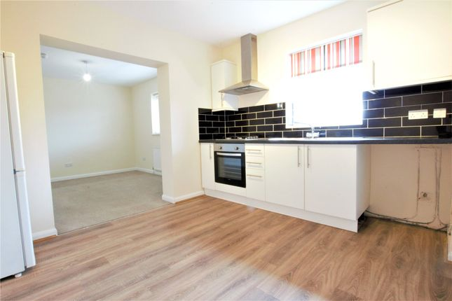 1 bed flat to rent in Frimley Road, Camberley, Surrey GU15