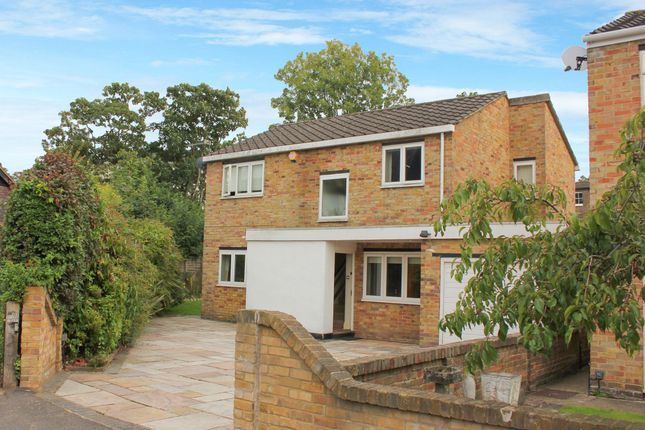 Thumbnail Detached house to rent in Riverside Close, Kingston Upon Thames