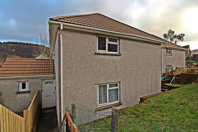 Thumbnail Flat to rent in Mona Place, Maerdy, Ferndale