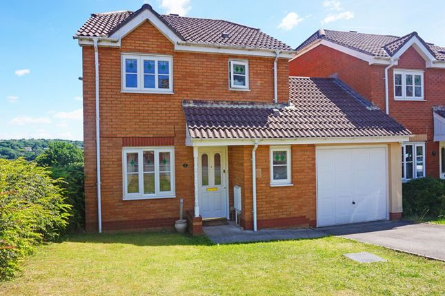 Link-detached house for sale in Cae Canol, Hengoed Hall, Hengoed