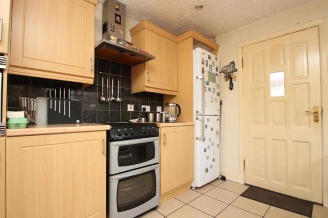 Kitchen of Ravenscroft, Irvine, North Ayrshire KA12