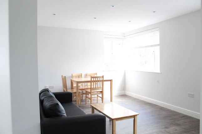 Thumbnail Flat to rent in East Vale, Acton