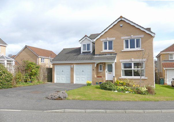Thumbnail Detached house for sale in Innerleithen Way, Perth