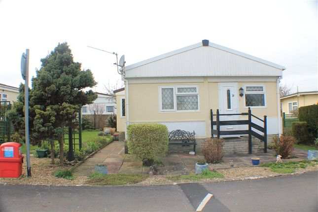 Thumbnail Mobile/park home for sale in Summer Lane, Banwell, North Somerset