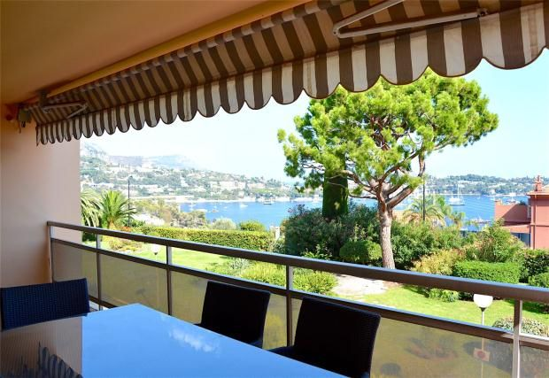2 bed apartment for sale in Villefranche Sur Mer, French Riviera, 06230