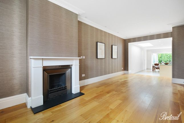 Terraced house to rent in Britannia Road, London