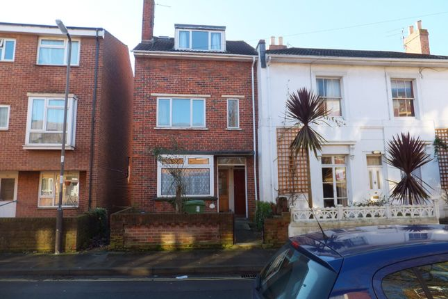 Thumbnail Maisonette to rent in Cottage Grove, Southsea