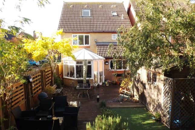 Thumbnail Detached house for sale in Fieldfare, Sandy, Bedfordshire