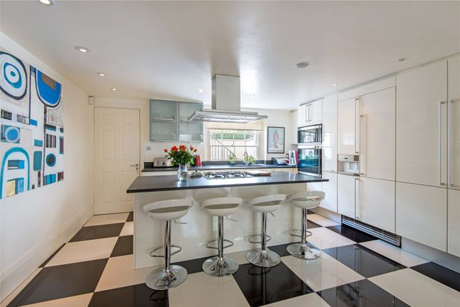 Thumbnail Property to rent in Queens Grove, St John's Wood, London