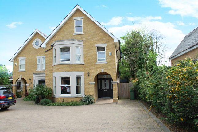 Aspen Close, Hampton Wick, Kingston Upon Thames KT1