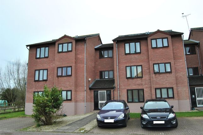 Thumbnail Flat to rent in Coventry Close, Tewkesbury, Gloucestershire