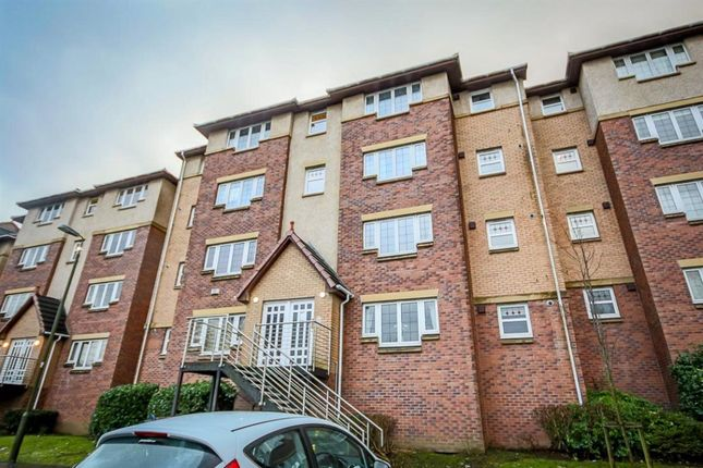 2 bed flat to rent in Burnvale, Livingston