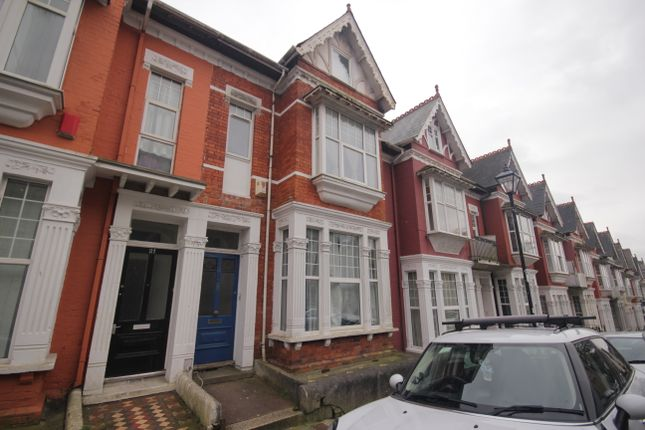 Thumbnail Terraced house to rent in Bedford Park, Plymouth