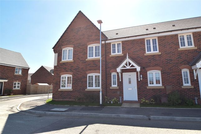 3 bed end terrace house to rent in Centenary Way, Copcut, Droitwich Spa, Worcestershire WR9