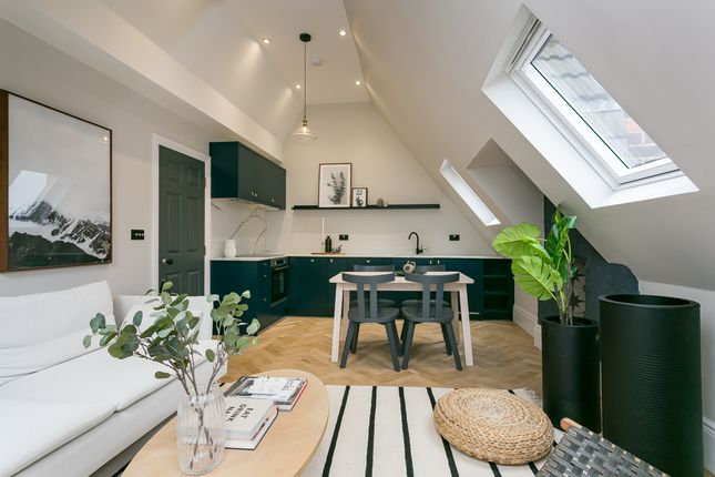 Thumbnail Flat for sale in Thirlmere Road, London