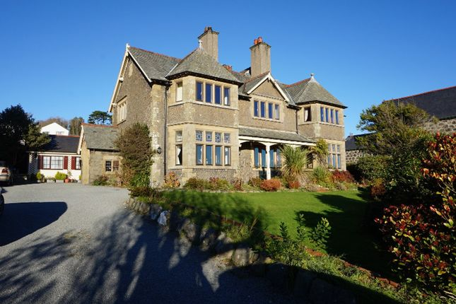 Thumbnail Detached house for sale in Portmadoc Road, Criccieth