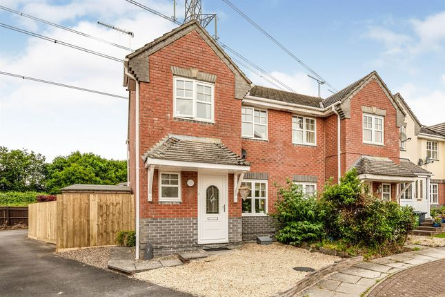 Thumbnail Semi-detached house for sale in Hare's Patch, Chippenham