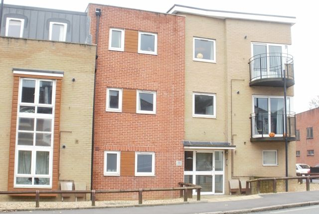 Thumbnail Flat to rent in Portswood Centrale, Portswood, Southampton