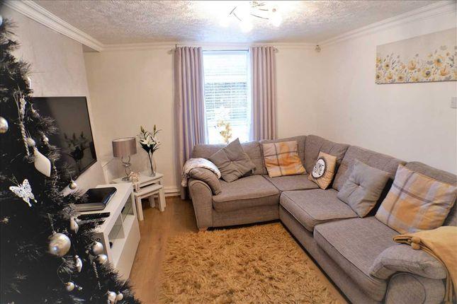Lounge of Pontypridd Road, Porth CF39