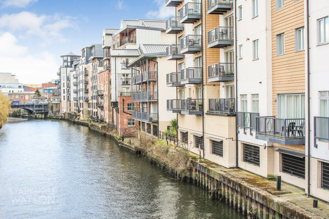 Thumbnail Flat for sale in Cannon Wharf, King Street, Norwich