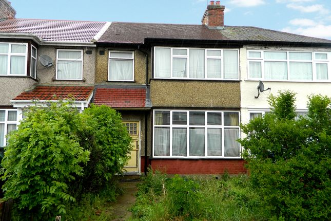 3 bed property for sale in 4 Craven Avenue, Southall, Middlesex UB1