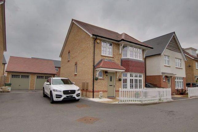 4 bed detached house to rent in Bebington Drive, Langdon Hills, Basildon SS16