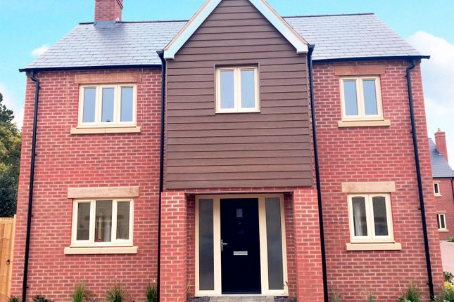 Thumbnail Link-detached house for sale in North Street, Raunds, Wellingborough