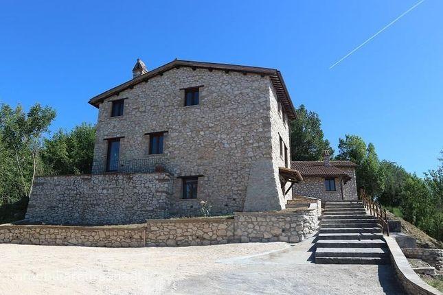 Thumbnail Farmhouse for sale in Podere Luisa, Orvieto, Umbria