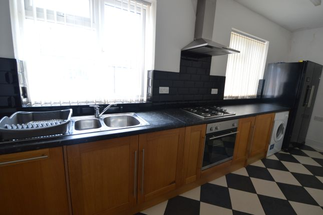 Thumbnail Flat to rent in Parliament Road, Middlesbrough