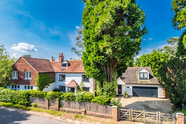 Thumbnail Property for sale in The Firs, Upper Basildon
