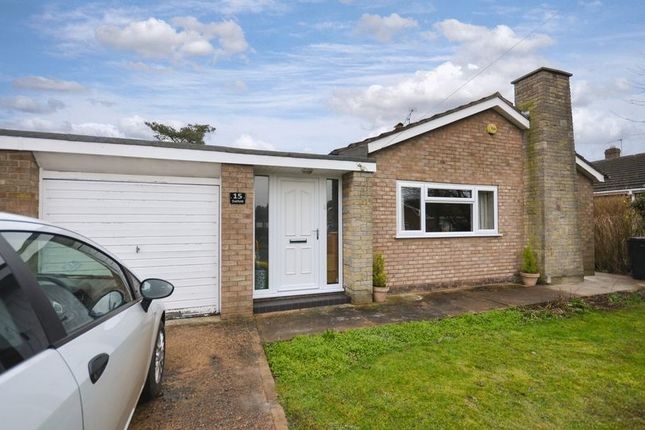 Thumbnail Detached bungalow for sale in 15 Oakfield, Saxilby, Lincoln
