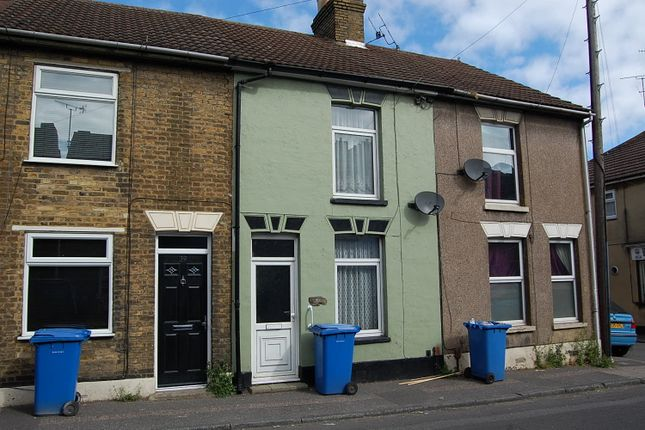 Thumbnail Terraced house to rent in Chalkwell Road, Sittingbourne, Kent