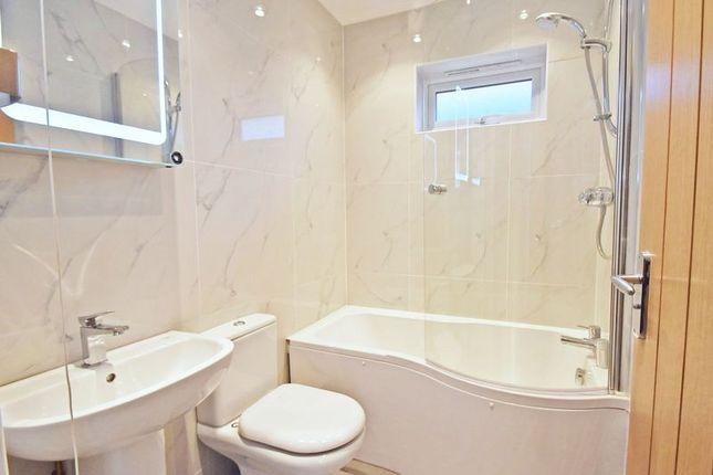 Bathroom of London Road, High Wycombe HP11