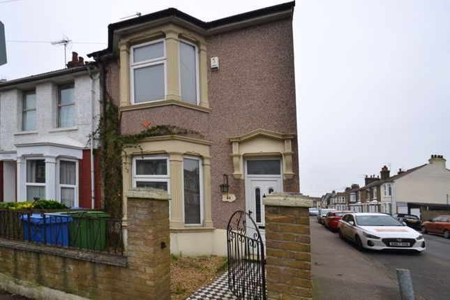 3 bed end terrace house for sale in Coronation Road, Sheerness ME12