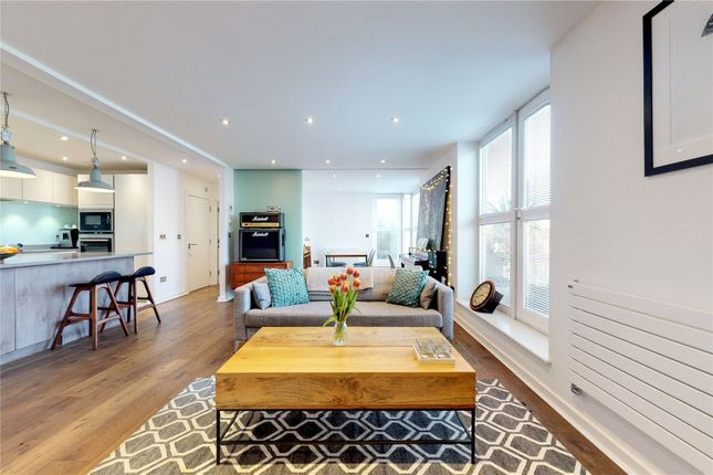 Reception Room of Seward Street, London EC1V